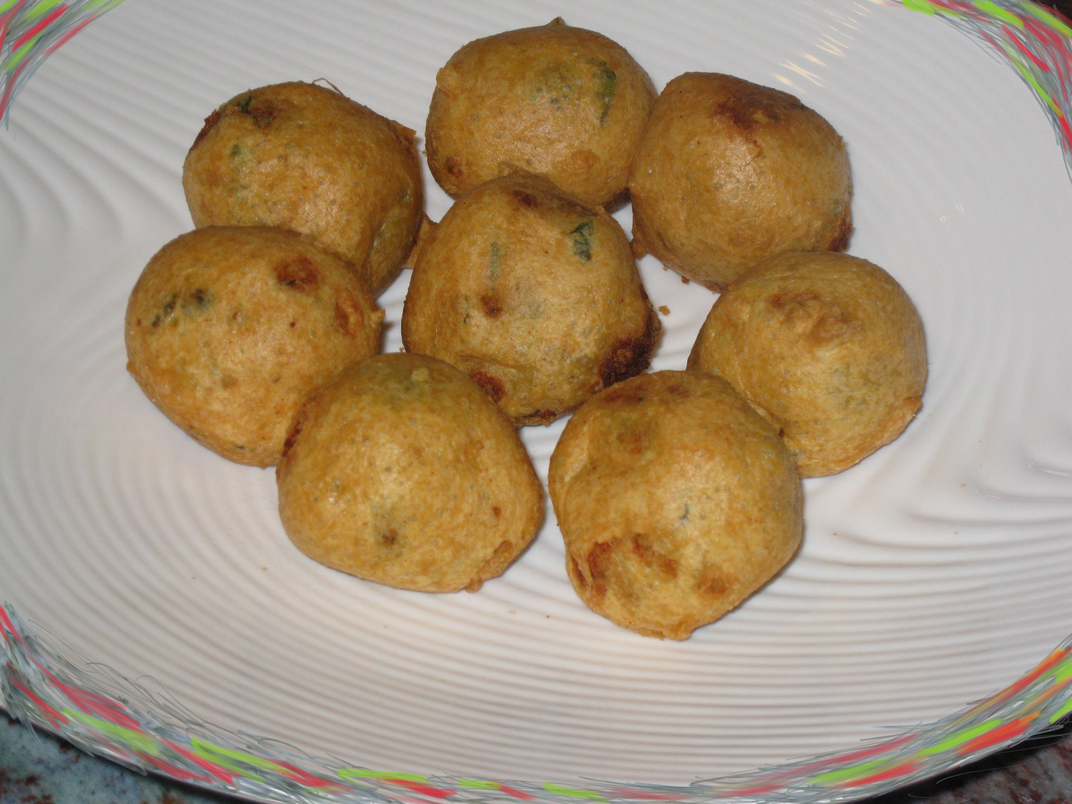 POTATO WADAS (spicy potato balls)